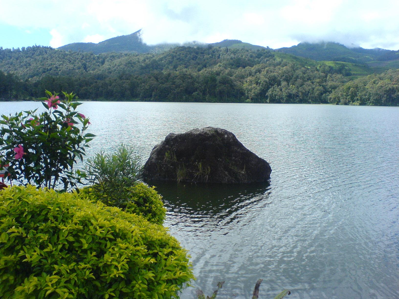 Danau Bandung Sangkuriang