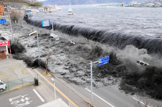Gempa dan Tsunami di Tohoku Jepang