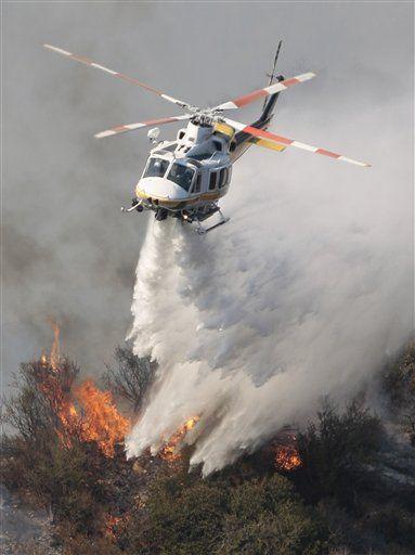 Helikopter Pemadam Kebakaran