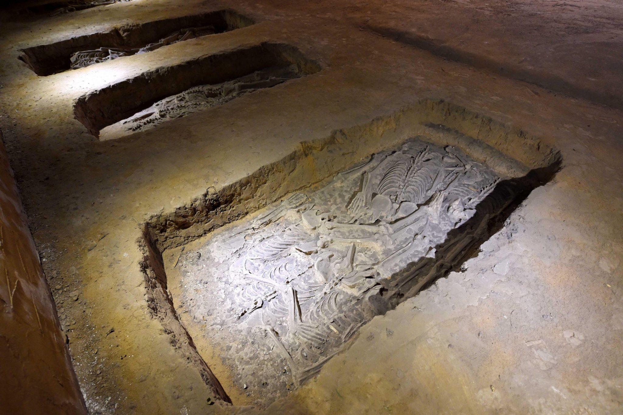Makam Menyeramkan dan Misterius Ditemukan di China