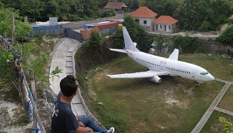 Bangkai Pesawat di Kuta Selatan Bali