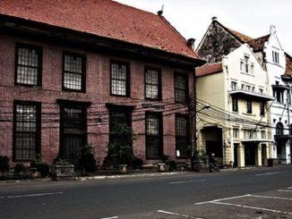 Misteri Kisah Kelam Toko Merah Kota Tua Jakarta