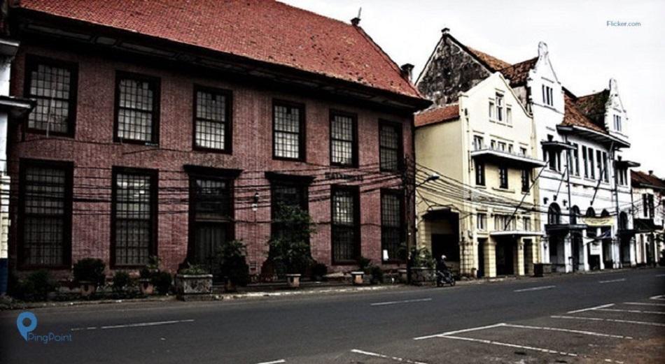 Misteri dan Kisah Kelam Toko Merah Kota Tua, Jakarta