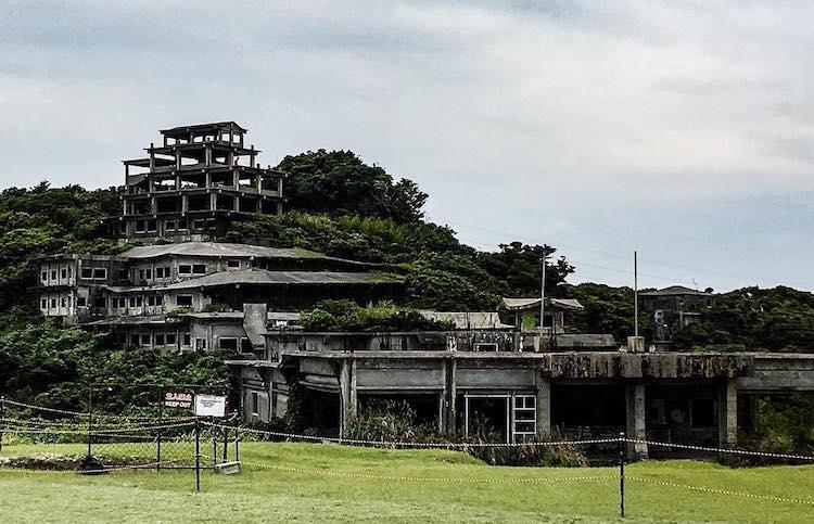 Hotel Angker Nakagusuku