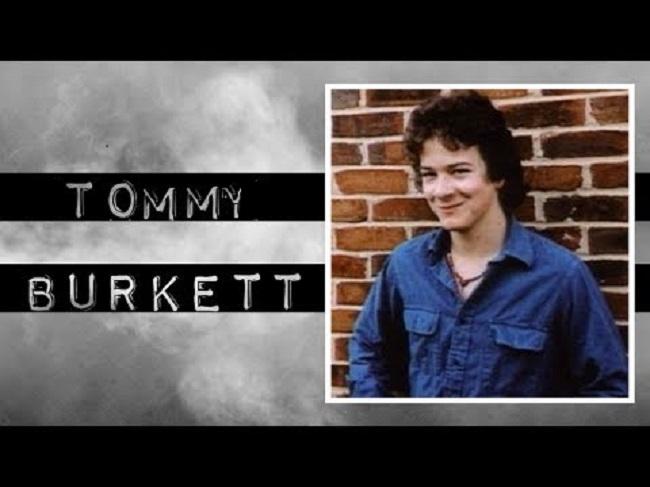 Kasus Bunuh Diri Tommy Burkett Yang Aneh dan Penuh Konspirasi