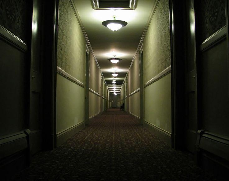 Dark Riddles: Ketukan di Pintu Hotel