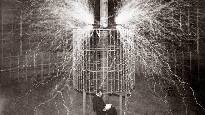 Teori Konspirasi Nikola Tesla dan Komunikasi Alien