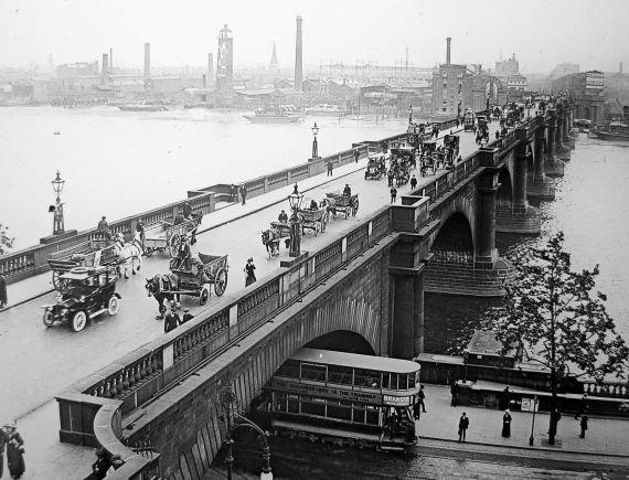 Misteri Pembunuhan Jembatan Waterloo