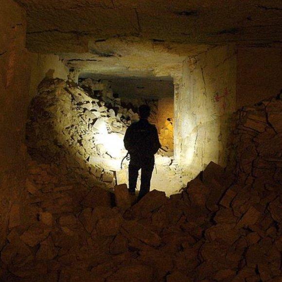 Pencarian Anak Yang Hilang di Odessa Catacomb