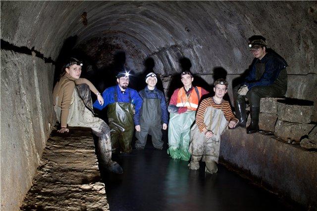 Penjelajah Odessa Catacombs