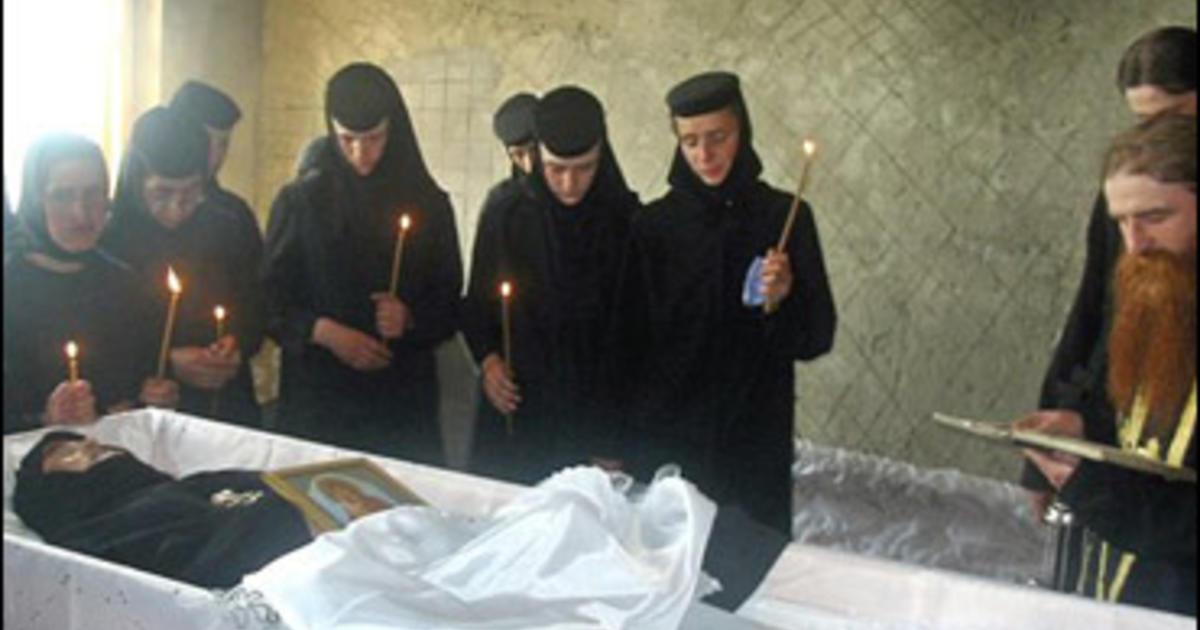 Pemakaman Kematian Maricica Irina Cornici,