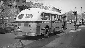 Bus yang dinaiki James Tedford