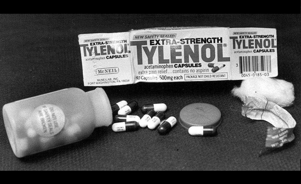 Tylenol adalah obat sehari-hari warga Amerika Saat itu